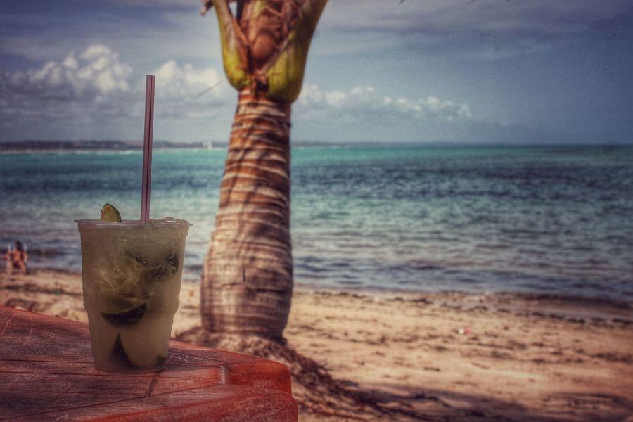 Liquid Lunch Caipirinha Brasile Brazil Original Traveling Travel Ocean Palm Trees Beach Beach Life Emeye Travel Photography Enjoying Life Skyline Photo Drinking Drinks Relaxing Ice Cachaça