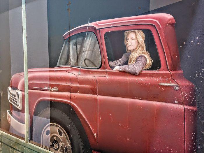 Winslow, AZ,celebrating the Eagles Winslow Arizona Attitude Songlyrics Popularmusic Mural Car Rusty Vintage Car Vintage Street Art Graffiti
