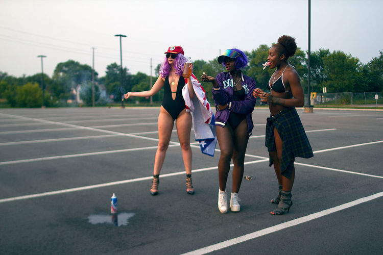 American Fashion Models Parking Lot SexyGirl.♥ Adult Adults Only Black Friendship Full Length Leisure Activity Lifestyles Outdoors People Purple Hair Real People Sexygirl Sexygirls Sexywoman Sexywomen Sky Togetherness Urban Young Adult Young Women