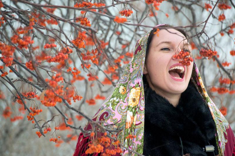 Beautiful Retrato Beauty Russia Pañuelo Siberia Scarf Russian Girl Russian Woman One Person Portrait Rowan Guapa Winter Mujer Rusa Chica Rusa Russian Style Estilo Ruso Young Women Beautiful Woman One Woman Only Young Adult Only Women People Adult
