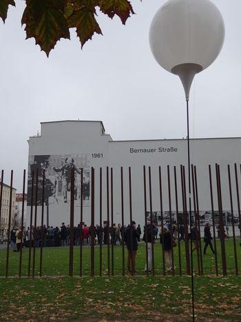 Berlin Mauerfall Lichtgrenze Fallofthewall25