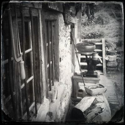 Back to the mountain hut and waiting for the cappuccino. It's raining The_guido Hipstamatic Blackandwhite