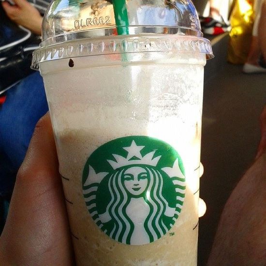 Very Delicious Frappochino From  starbucks @starbucks yea cool ^-^