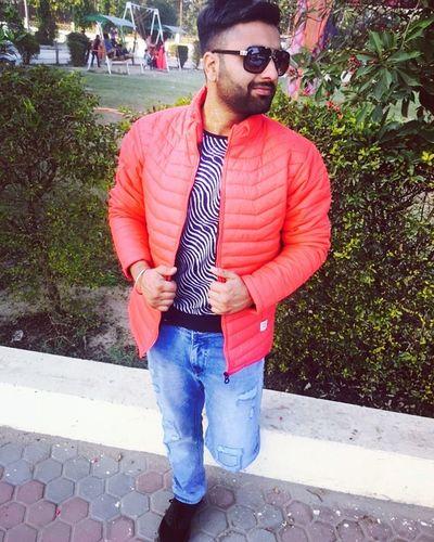 Weeding party Me Enjoy Marrigeparty Photoshoot Smiling Outdoors Sunglasses Punjab Punjabi India Love