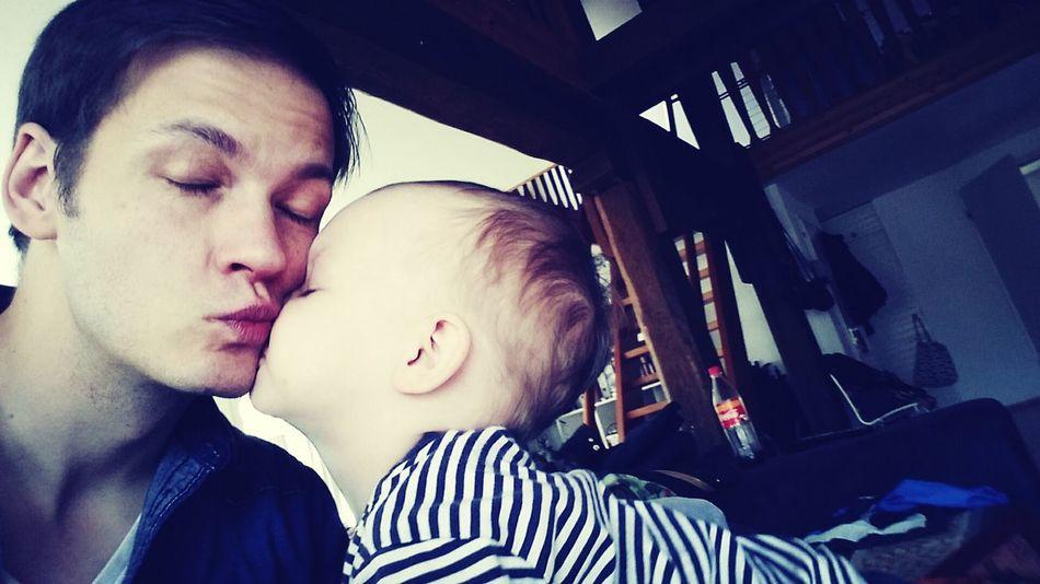 Kiss Kuss Mein Sohn Vater Und Sohn