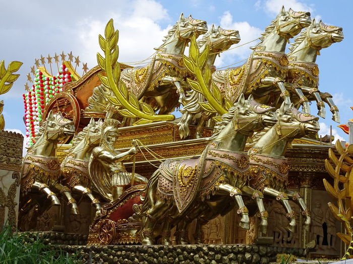 ezefer Architecture Art Arts Culture And Entertainment ArtWork Built Structure Carnaval Carnaval2017sp Carnival Cloud - Sky Day Gold Colored Low Angle View No People Outdoors Sky Statue Travel Destinations