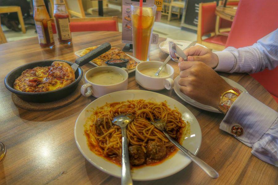 Lunch. Pizza Lunch Pizzahut Cufflink Gold BeSpoke Kuching Malaysia Colour Of Life