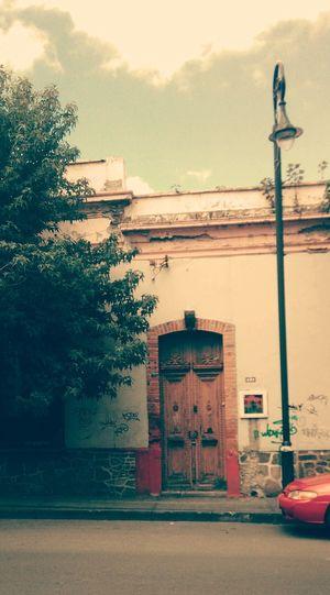 House Mexico Nopeople Door Doors Architecture Building Exterior No People Tree Sky Day Arquitecture Beatiful Architecture Estado De México Mexico De Mis Amores