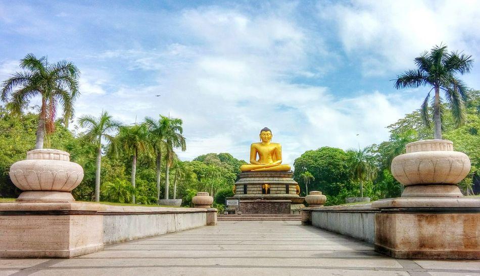 City Park Lord Buddha Statue Sky Colombo SriLanka