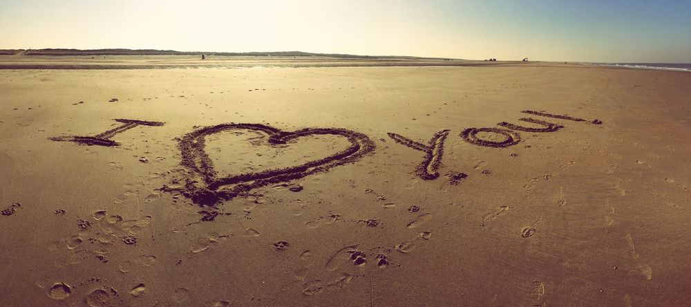 Happy Valentine's Day. Valentine's Day  Love ♥ Beach Sand Heart Sandwriting Sunny Day Live Is Beautiful Live Is A Beach Holland❤
