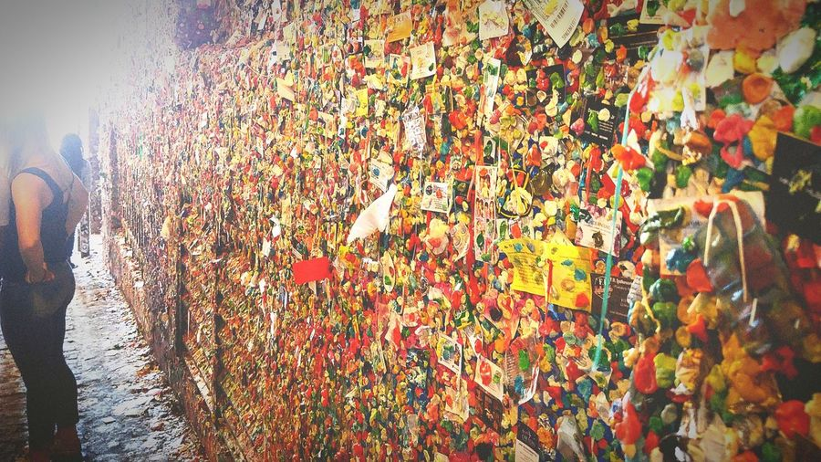 Gum wall Seattle!! Hanging Out Check This Out Enjoying Life Ewwwwww Gum Wall Pikes Market Place