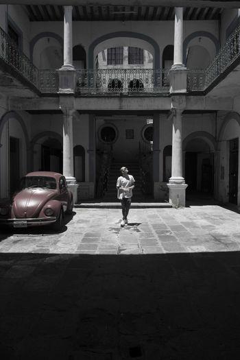 Person Lookingup Vintage Car Desaturation Focus Beliving Mexico Puebla