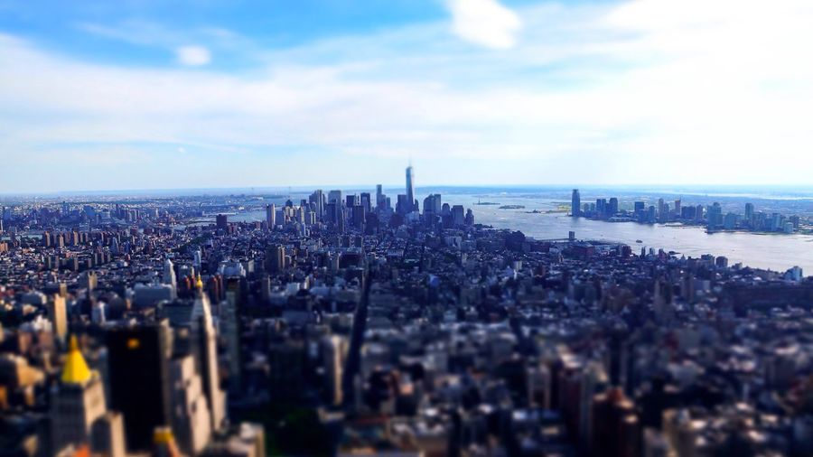 Manhattan, New York City City View  Skyline Hight Point City Skyline Cityscapes Blur Blurry Iconic Landscapes With WhiteWall Battle Of The Cities