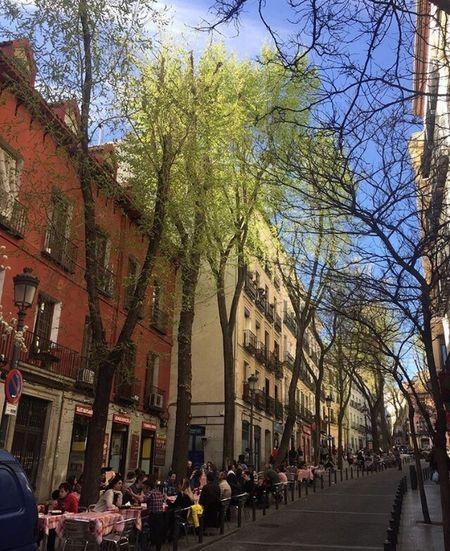 Detodounpoco Streetphotography Tardes Al Sol Callejeando