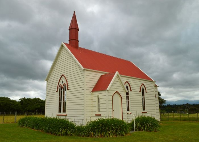 one of the cool things I like about exploring nz is all the tiny churches out in the middle of nowhere 👍👍🙋🙋👼👼 Eye4photography  Churches Church Little Building Kiwi Clicker New Zealand Scenery New Zealand Impressions Hello World Rural Scenes Countryside Beauty In Nature Check This Out Landscape_Collection Walking Around Exploring EyeEm Best Shots EyeEm Best Edits Out And About Country Life Nature From My Point Of View Getting Inspired Tadaa Community On The Road EyeEm Masterclass
