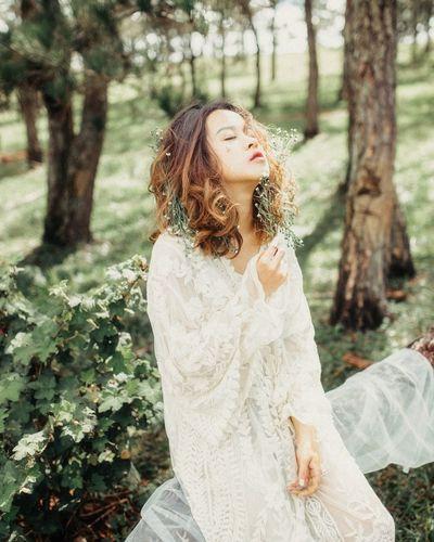 Dreamer's Heart Photobyme 📷 Vietnam Portrait ArtWork Darkness And Light Photography Photooftheday Dreamer Beauty Fashion Photography Tree