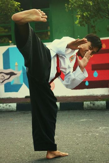 Merpati Putih mix martial art of Indonesia Martialarts Mix Martial Arts Merpatiputih INDONESIA Culture Sport Energy Adult One Person Full Length Adults Only One Woman Only Business Finance And Industry People