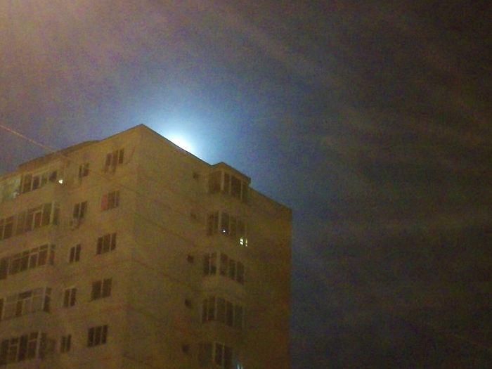 Taking Photos Hello World Huaweip7 Nightphotography Moonlight Moonrise Block Of Flats Constanta Nightshot Night Sky Nightwalk Open Edit