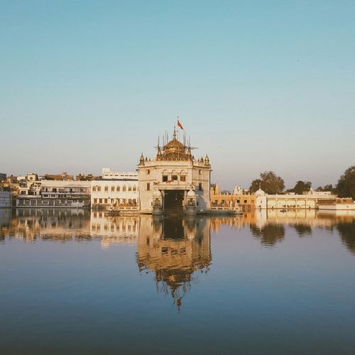 Reflection. Taking Photos Architecture Check This Out Temple Eye4photography  Vscocam The Architect - 2014 EyeEm Awards Monument The Architect - 2015 EyeEm Awards Sunset