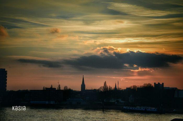 Sunset Duisburg Germany Rhein River Goodnight Ruhrort