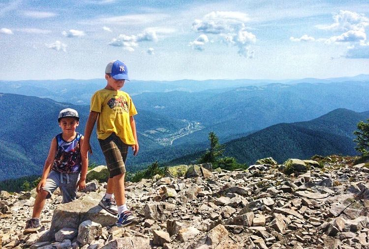What I Value Young mountaineers Mountaineers Childrens Ukraine Carpathians Khom'yak Україна карпати Гори Україна Ukraine Mountains горахом'як Natures Diversities