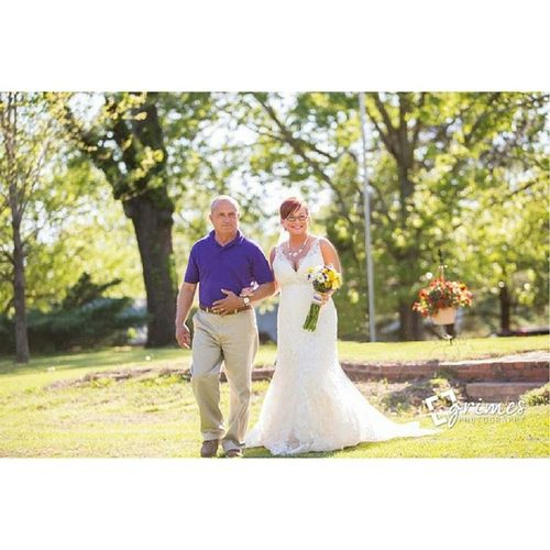 @grimesphotography Weddingphotographer Southernwedding Ncweddingphotographer Greenvillenc