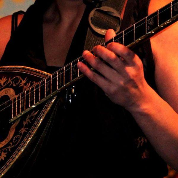 Concert Girl Music Mandolin mandolina mandolinegrill string chord folklore greece