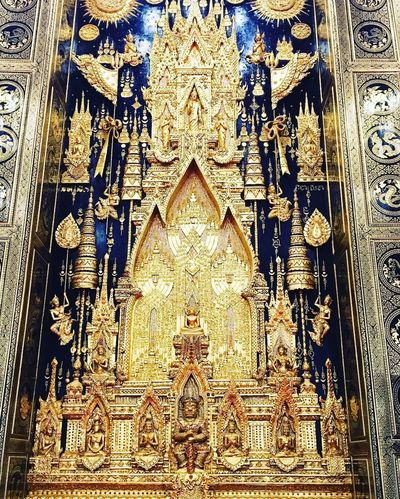 Place Of Worship Gold Colored History Architecture Travel Destinations Religion No People Full Frame Indoors  Spirituality Close-up Backgrounds Day