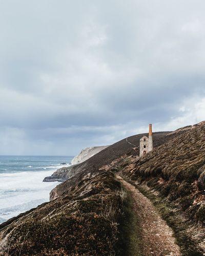 Exploring the Cornish coast Cornwall South West South West Coast Path England Sea Ocean Cliffs Coastal_collection Seascape Exploring Wanderlust Vscocam VSCO