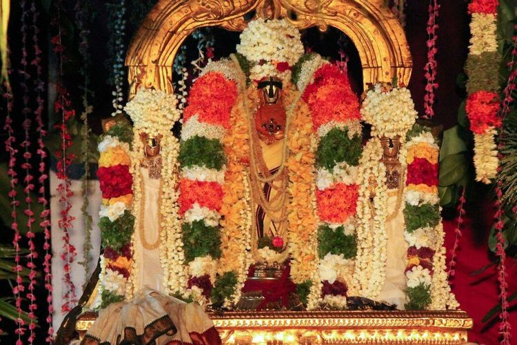God Hinduism Culture Worship India Tamilnadu Thirukkurungudi Unity First Eyeem Photo