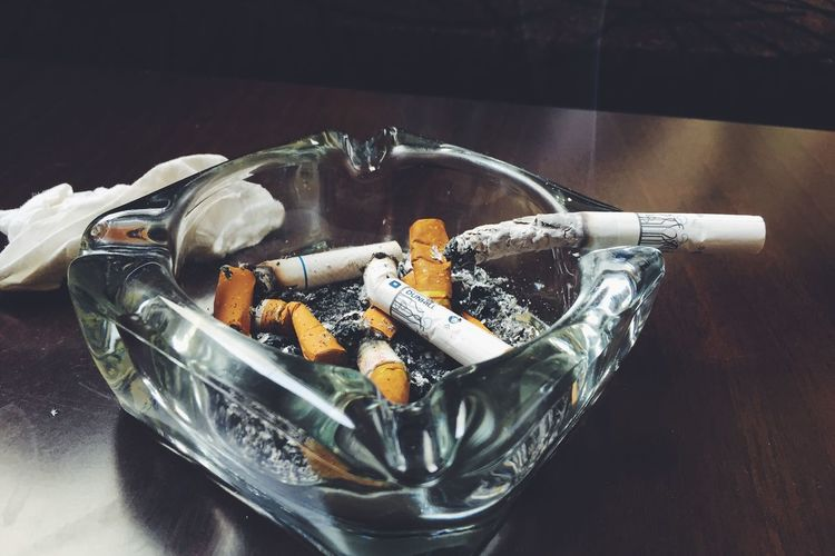 Smoking Is Bad No Cigarettes Live A Healthy Life