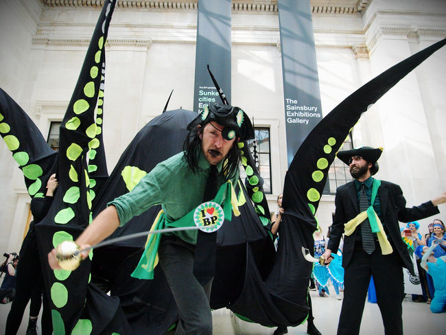 BP or not BP, anti BP sponsorship flash mob protest against BP sponsorship of the British museum. 25/09/2016 Anti BP BP BP Or Not Bp British Museum Flashmob Fossil Fuels London Mermaids News Oil Olympus Protest Steve Merrick Stevesevilempire Sunkencities Zuiko
