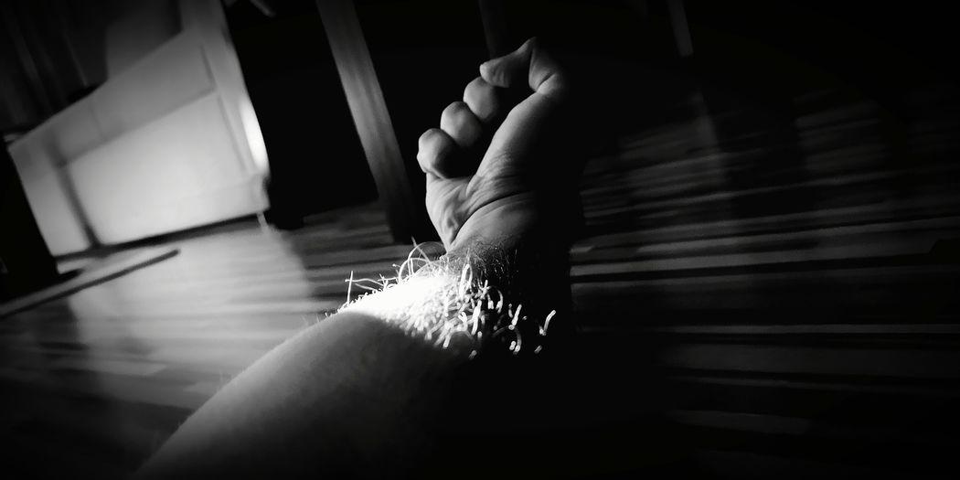 Anger fist 💢 Project790301 💢 Zle_slowa_w_dobrej_duszy Project790301 Umysł Nasirlnd Mysl Dobryduch Mocduszy Mocserca Wemnie Wnas Poland 4her Polska Brain Blowmind Human Hand Window Washer Focus On Shadow Long Shadow - Shadow Peace Sign  Pavement Paving Stone