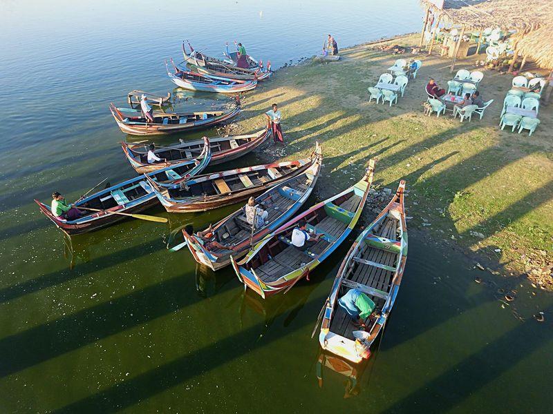 Boats Lake Water Ubeinbridge Taking Photos Amarapura, Myanmar