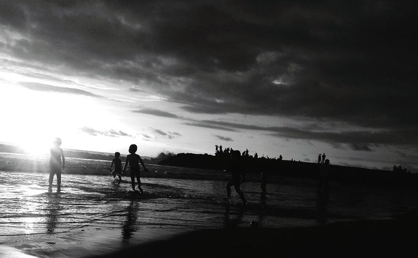 to the light. Beach Friendship #sunset Silhouette #blackandwhite Wave Friend