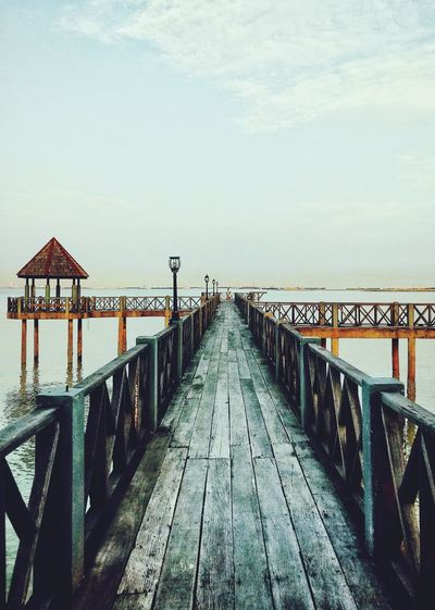 To the end of our journey Sea Leading Lines Leadinglines Tanjung Piai Pontian  Johor Malaysia Railing The Way Forward Sea Outdoors Pier Water Sky Horizon Over Water Built Structure Bridge - Man Made Structure
