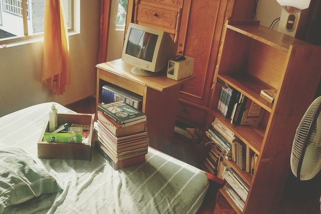 Room Indoors  Old-fashioned High Angle View Home Interior Table No People Technology EyeEmNewHere