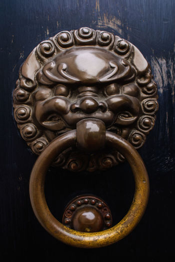Door Bell Art And Craft Close-up Day Design Door Door Knocker Doorknob Entrance Lion - Feline Lion Bell Metal No People Ornate Outdoors Wood - Material