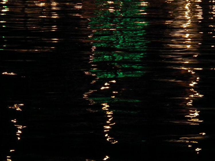 Acqua Beauty In Nature Fotografia Notturna Nacht Nachtaufnahme Nachtfotografie Nature Night Nightphotography No People Notte Outdoors Reflection Reflection_collection Reflections Reflections In The Water Riflessi Riflessi Sull'acqua Rippled Spiegelung Spiegelung Im Wasser Spiegelungen Tranquility Wasser Water