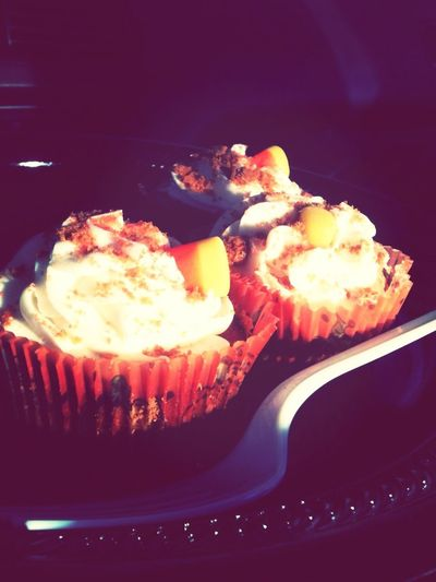 #goodfood candy corn & cinnamon cupcakes