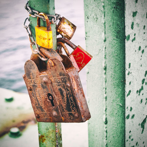 Love Locks at Fehmarn Sound Bridge, Fehmarn Close-up Day Fehmarn Fehmarnsundbrücke Focus On Foreground Hope Lock Love Lock Love, Luck Metal No People Outdoors Pad Lock Padlock Red Rost, Rust, Rusty Text