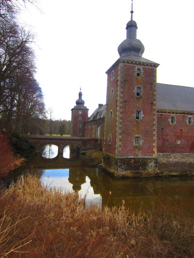 Kasteel Gulpen Castle Eyeemnaturelover💕💕😊☺ DitisLimburg Water Reflections Limburg Building Exterior Architecture Noedit Autumn🍁🍁🍁 Prachtig_limburg