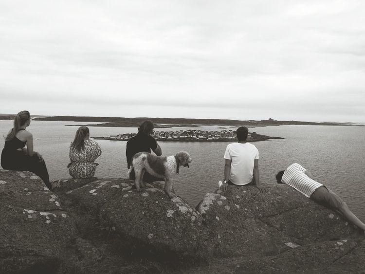 Black & White Hangover Sweden åstol