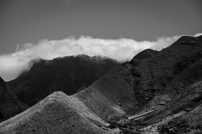 Mountain Nature No People Landscape Cloud - Sky Outdoors Scenics Beauty In Nature Fineart Tourism EyeEm Travel EyeEm Gallery Beautiful EyeEm Best Shots Vacation Blackandwhite Tropical Climate Tranquil Scene Hawaii Holiday Travel Destinations Tranquility