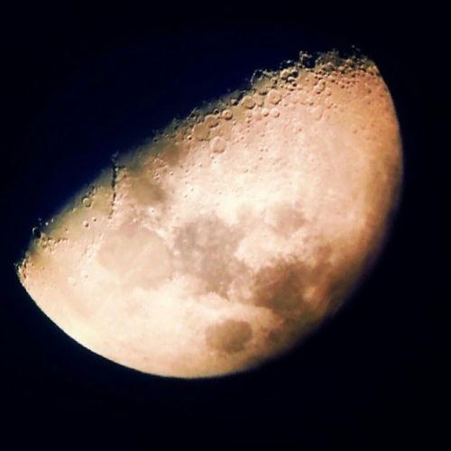 La lune prise