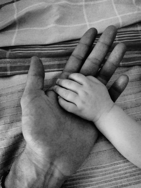 Mano Hands Padre E Hija Padre Figlia Blackandwhite Black & White Blackandwhite Photography Amore Amor ♥
