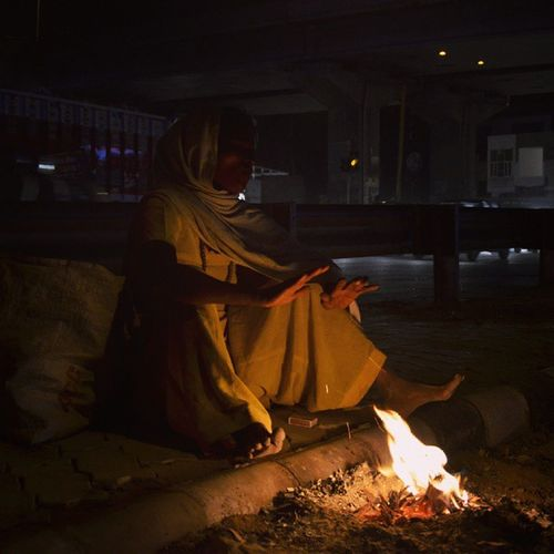 As The Winters Are Getting Harsh The Difficulties Of Homeless People Across NorthIndia Are Becoming Life Threatening Homeless India Northindia Zirakpur Punjab Harsh Winter Tough Life Hard Resolve FightForSurvival Woman Revoshotsphotography Revoshots Revo Itravel IStop Ishoot Iclick Iphotograph Italk