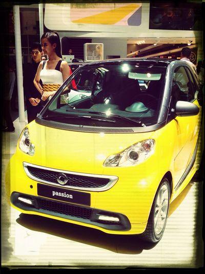 Smart car, smart girls... :-)