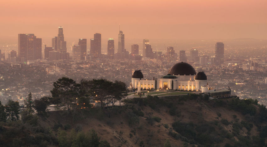 View on the Griffith observatory and the Los Angeles skyline California City Cityscape Downtown Dt Financial District  Griffith Observatory Los Angeles, California Los Ángeles Office Building Skyline Skyscraper Skyscrapers Full Frame
