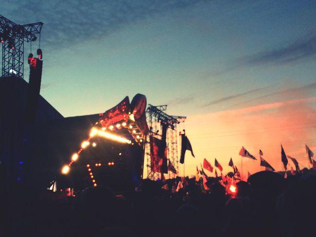 Music Brings Us Together Glastonbury Music Sky Sunset Glastonbury Festival Festival Festivals Music Festival Somerset England United Kingdom Live Music Pyramid Stage Pyramid The Who Headline